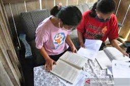 Layanan kuota belajar Telkomsel melayani negeri di tengah pandemi oleh Muhsidin