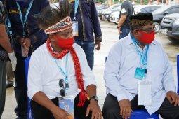 Pasangan Piet-Matret resmi mendaftar ke KPU Bintuni