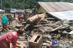 Kodim 1304 bantu korban banjir di Bone Bolango Gorontalo