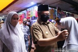 Pemkab Aceh Barat akan cabut izin usaha pedagang langgar protokol kesehatan