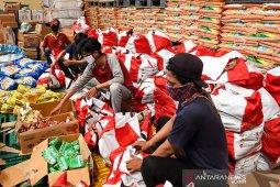 Indef: Antisipasi resesi, pemerintah perlu gencarkan bansos ke warga miskin
