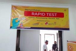 3.845 penumpang kereta manfaatkan layanan tes cepat di Stasiun Madiun