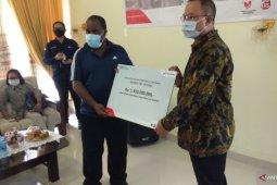 Pertamina berikan modal usaha bagi UMKM mitra di wilayah Sorong