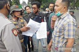 Kasus tendangan terbang oknum Satpol PP Bogor sedang didalami polisi (video)