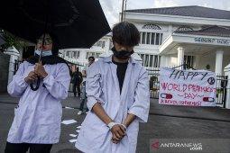 Aksi hari Farmasi Sedunia