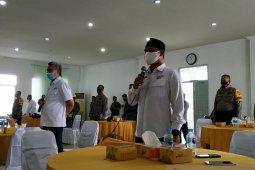 Hamdi Jafar - Jhon Itang tak hadir saat deklarasi kesepakatan Pilkada damai