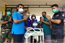 "Kecamatan Towuti terima bantuan 'Wastafel"" dari DPD AMPI Lutim"