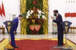 """Kunjungan PM Jepang dan awal citra Indonesia """"aman"""" dari COVID-19"""