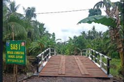TMMD juga sangat membantu para pelajar Pulau Hanaut