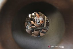 Kerajinan gerabah Cirebon