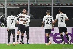 Liga Europa, trigol Yusuf Yacizi antar Lille pecundangi AC Milan 3-0