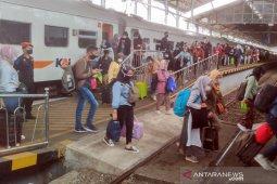 Sejumlah perjalanan kereta api dari Yogyakarta ke Jakarta dibatalkan