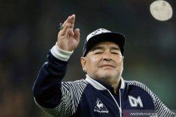 Legenda sepak bola Maradona meninggal dunia