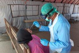 Kisah pasien dan tenaga medis yang dijauhi teman karena positif COVID-19