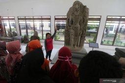 Belajar bersama di museum