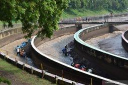Pengerukan sedimen untuk pengendalian banjir