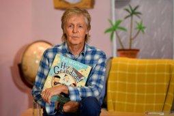 """Kisah Paul McCartney """"The Beatles"""" diadaptasi menjadi serial dokumenter"""