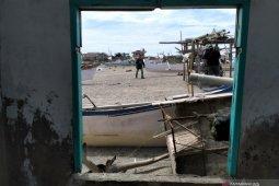Aktivitas nelayan Desa Tompe