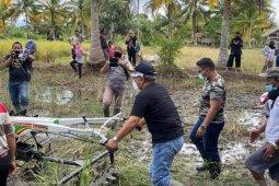 Pemkab Buol bantu tiga unit alsintan untuk petani di Kecamatan Momunu