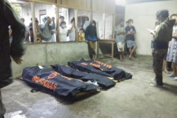 Pemkot Manado bantu para korban tanah longsor