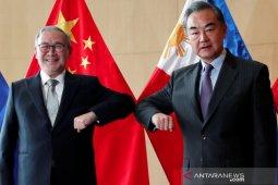 Filipina sebut 220 kapal militer China terlihat di perairan sengketa