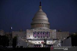 Saat pelantikan, Joe Biden pimpin peringatan kematian 400 ribu warga AS