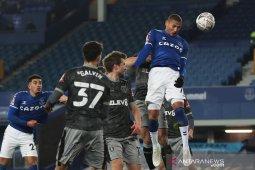 Piala FA: Everton melenggang mulus lewati tim strata kedua Sheffield Wednesday