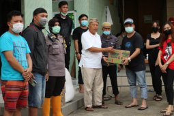 GPM bersama GMNI Minahasa bantu korban bencana Manado