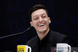 Mesut Ozil mengakuisisi klub Liga Meksiko