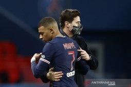 Kylian Mbappe mengaku senang atas perpanjangan kontrak Neymar di PSG