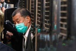 Taipan media Hong Kong mendapat hukuman tambahan 14 bulan