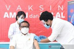 Sebanyak 3.409 nakes Sulsel ikuti vaksinasi massal ke dua di GOR Unhas