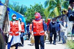 PMI Sulbar serahkan bantuan kebutuhan pengungsi korban gempa di Majene