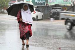 BMKG sebut Sulawesi Tenggara potensi cuaca ekstrem hingga 21 Februari