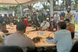 Masyarakat Sulbar pertanyakan pengelolaan bantuan gempa