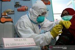 Sebanyak 6.498 nakes di Sultra sudah disuntik vaksin COVID-19 dosis kedua