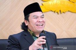 DPR: Jangan ragu menindak kepala daerah yang tidak patuhi PPKM Darurat