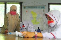 Nadiem sebut prioritas vaksin untuk guru jenjang PAUD dan SD