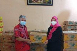 Sunpride salurkan buah segar dan sembako ke PSMTI Banten