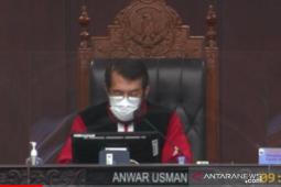 Istri Ketua MK Anwar Usman tutup usia