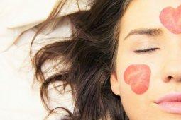Berikut cara merawat kulit dari dalam dan luar