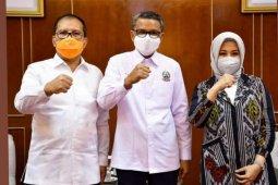 Gubernur Sulsel buktikan tak ada masalah dengan Wali Kota Makassar terpilih