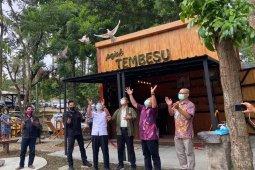 """APHI Sumsel hibahkan gerai """"Pojok Tembesu"""" ke Balai Litbang LHK"""