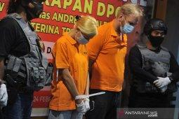 Dua buronan Rusia dideportasi dari Bali karena ini