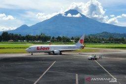 Tiket pesawat mahal berdampak inflasi Manado