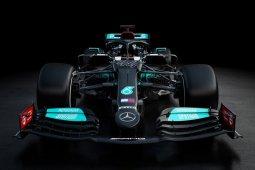 Mobil F1 2021 Mercedes kembali dibalut corak hitam