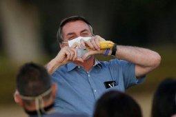 Presiden Brazil berencana perbolehkan penerima vaksin COVID-19 tak pakai masker