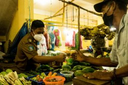 Wabup Lingga ajak masyarakat belanja  produk lokal