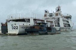 Tiga kapal tertangkap saat transfer BBM ilegal di perairan Kepri