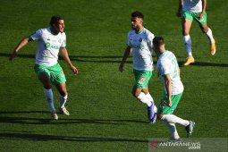 Saint-Etienne mengalahkan Nimes saat Reims dan Rennes berbagi poin